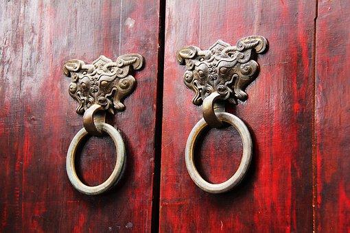 wood-door-1711004__340